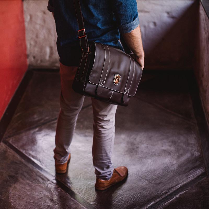 Bolsa masculina de couro para notebook Schuster NW066 Bolsa carteiro