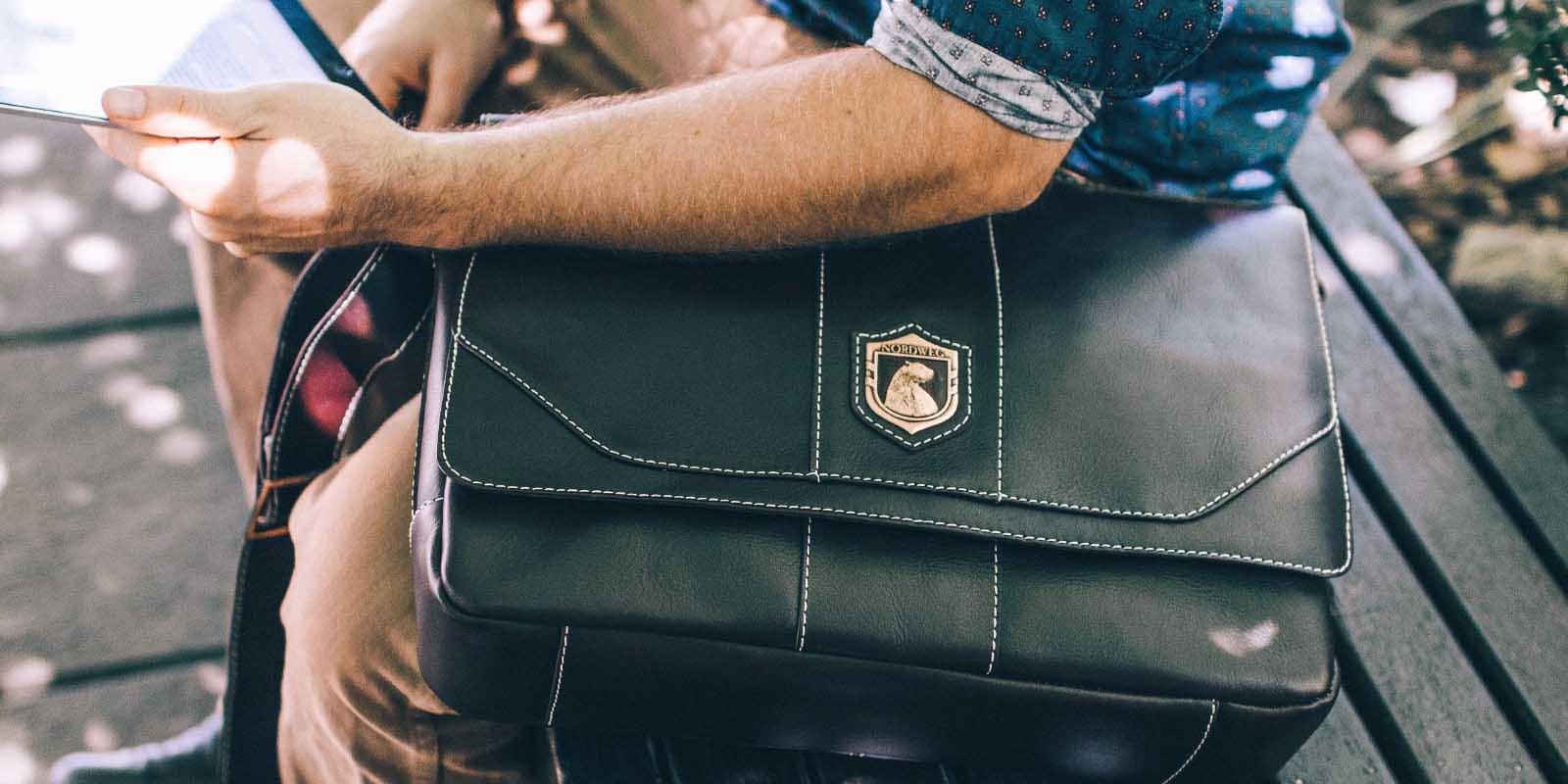 Bolsa masculina de couro para notebook City NW068