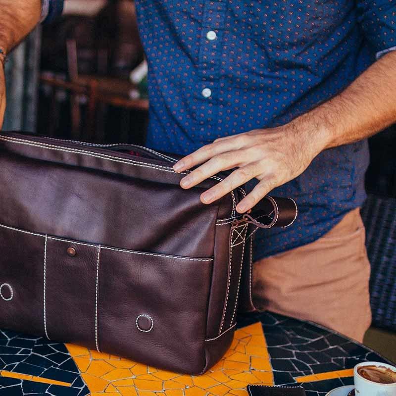 Bolsa masculina de couro para notebook City NW068 Aberta