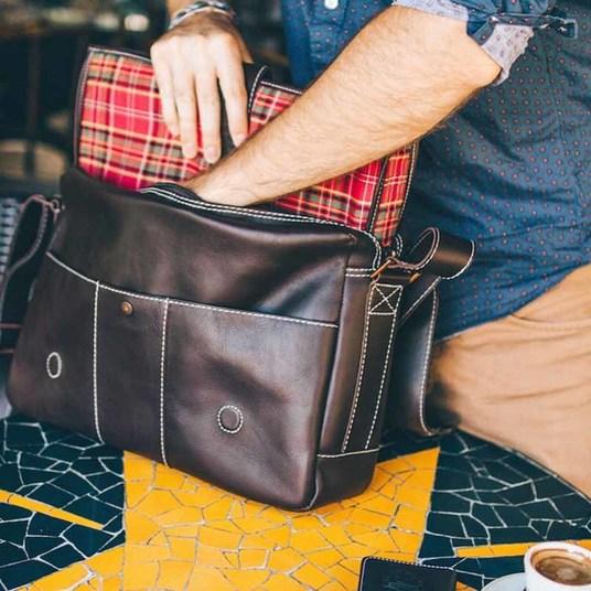 Bolsa masculina de couro para notebook nordweg nw068 instagram interior